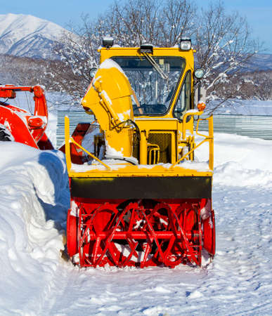tractor for snow removal