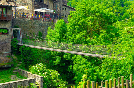 wooden suspension bridge in the old town Banque d'images