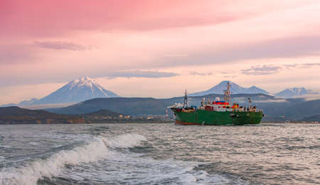 tugboat in the Pacific ocean near the Kamchatka Peninsula Фото со стока