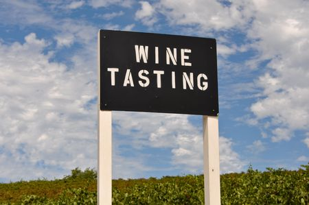 white zinfandel: Wine Tasting Sign at Vineyard in California with Blue Sky Stock Photo
