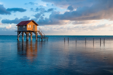 Start auf dem Ozean in Ambergris Caye Belize