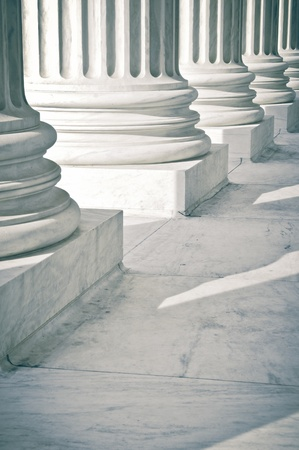 Kamennými pilíři