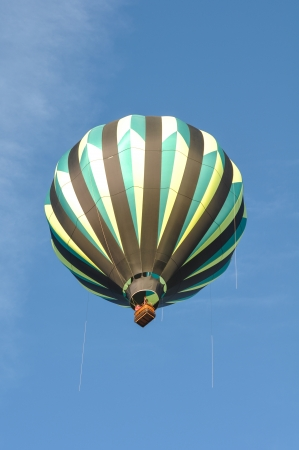 Green and Black Hot Air Balloon Stock Photo - 17433330