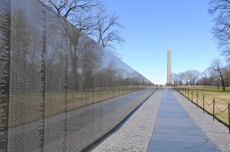 WASHINGTON DC -JANUARY 18: Names on Vietnam War Veterans Memorial on July 18, 2010 in Washington DC, USA.  The memorial receives around 3 million visitors each year. Redactioneel