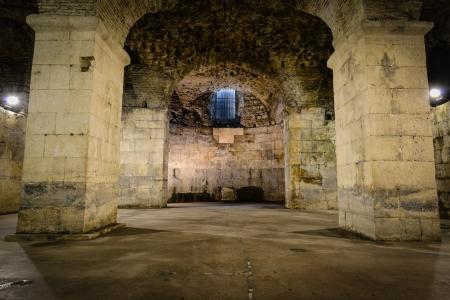 Rustic Underground Room Redactioneel