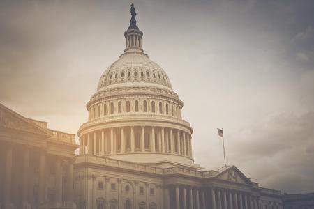 빈티지 필터와 워싱턴 DC의 국회 의사당 건물 스톡 콘텐츠