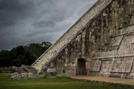 Chichen Itza Mayan Pyramid El Castillo - The Serpents in Yucatan Mexico Stock Photo