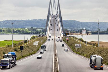 Normandy Bridge over river Seine near Le Havre city, France Standard-Bild