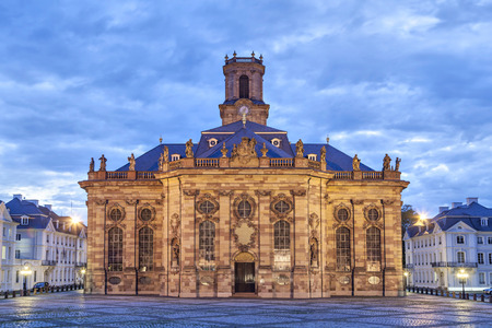 Ludwigskirche -  a Protestant baroque style church in Saarbrucken, Germany (eastern facade) Standard-Bild