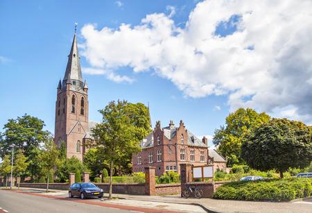 オランダ、アイントホーフェンの聖者 Lambert の教会