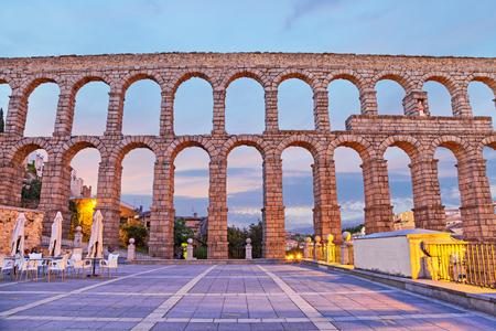 acueducto: Ancient Roman aqueduct on Plaza del Azoguejo in Segovia Spain