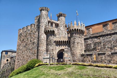 castille: Entrance gate of Templar castle in Ponferrada, Castile and Leon, Spain