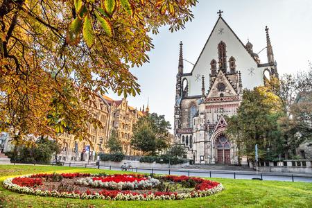 ドイツ、ライプツィヒの聖トーマス教会の聖トーマス教会のファサード 写真素材