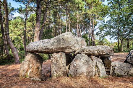megalith: Dolmen de Mane-Kerioned - Megalithic tomb built in 3500-3000 BC near Carnac, Brittany, France