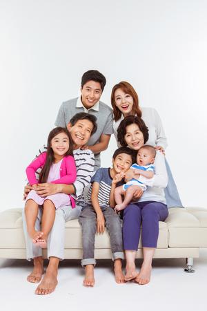 Retrato de la familia asiática feliz Foto de archivo