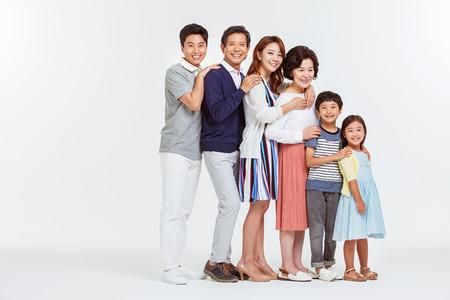 Retrato de la familia asiática feliz Foto de archivo - 70604552