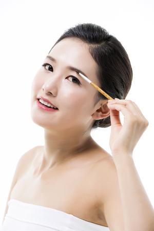 brushstroke: Beautiful Asian Woman  Beauty Concept