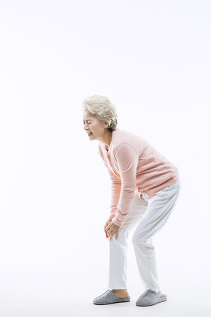 de rodillas: Asiático mayor, Senior Lifestyle