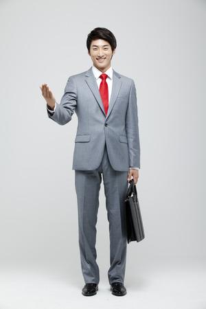 cuerpo entero: Joven, hombre de negocios, lleno, juego, posición