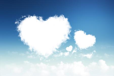 Nuvole a forma di cuore nel cielo Archivio Fotografico