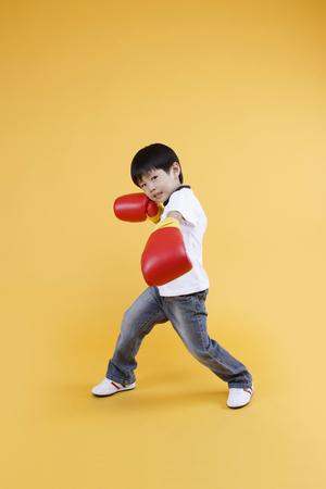Aziatische kinderen met opleiding concept-Geïsoleerd op studio shot Stockfoto