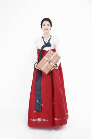 韓国伝統衣装である韓服-分離したスタジオ撮影で
