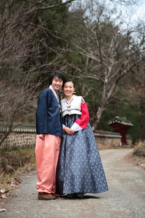 Newlyweds in Korean traditional clothes, Hanbok