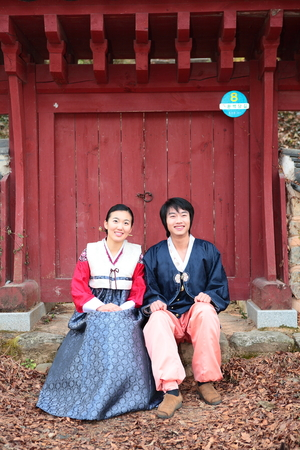 hanbok: Newlyweds in Korean traditional clothes, Hanbok