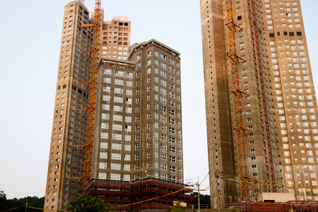 Korean apartment buildings construction siteKorean apartment buildings construction siteKorean apartment buildings construction site 版權商用圖片