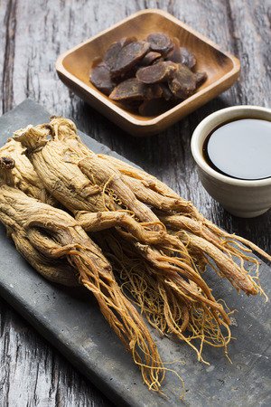 Dried red ginseng, honeyed red ginseng slices and red ginseng extract Reklamní fotografie