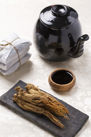 dried red ginseng,and red ginseng extract Zdjęcie Seryjne