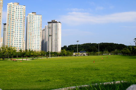 onsite: Tall apartment buildings in Korea
