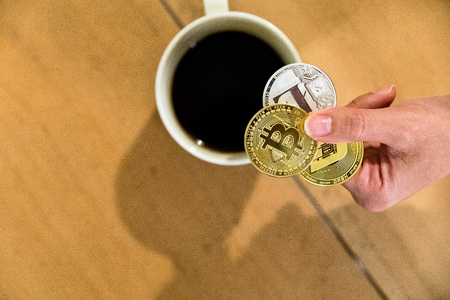 bitcoin Encrypted money virtual money Exchange Speculate Future