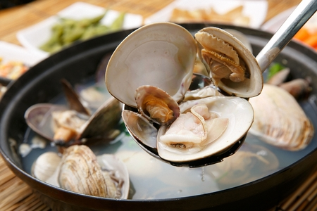 Clam soup with clear broth