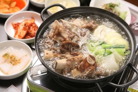 Beef rib hot pot, Korean cuisine Galbi Jeongol
