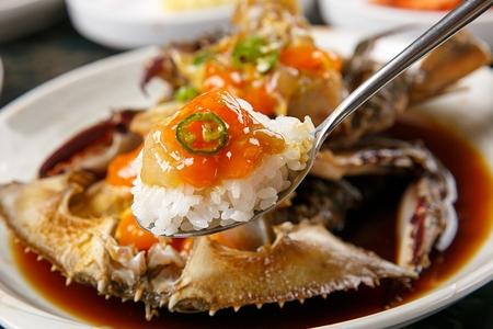 Crabs marinated with soy sauce, Korean cuisine Gaejang Stock Photo - 108080258