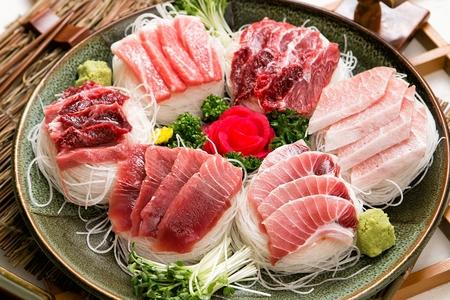 tuna sashimi platter
