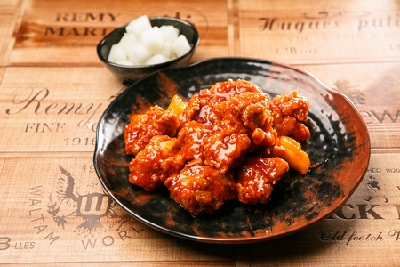 Korean-style Boneless chicken Banque d'images - 108277859