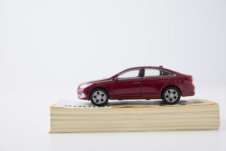 the economy related to car in miniature world 052