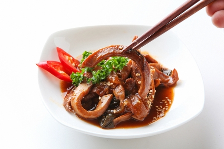 Soy stir-fried squid with chili, on plate