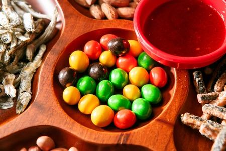 chocolate on wood tray Foto de archivo