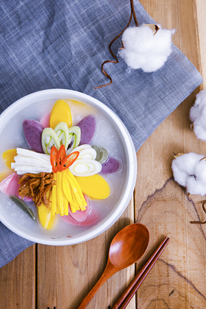 Korean  's food Tteokguk, rice-cake soup
