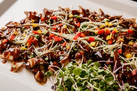 vegetable salad with soy sauce Imagens