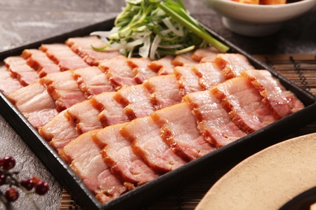 smoked Samgyeopsal pork belly on square bowl