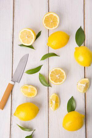 Fresh citrus fruit lemons Imagens