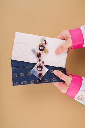 the Korean traditional wrapping cloth, refreshments and greeting card 103 스톡 콘텐츠 - 151110788