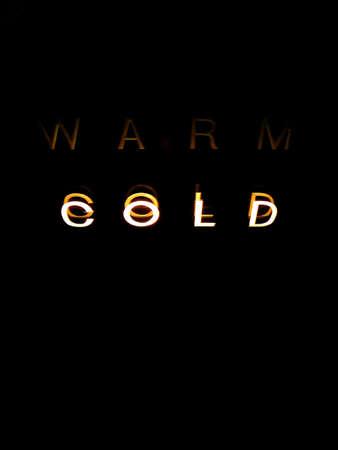 Neon Temperature Sign: Reads Cold 版權商用圖片