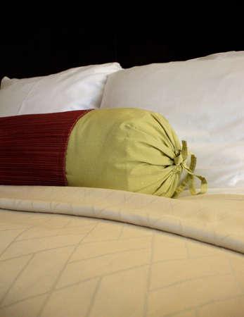 invitando: Simple e invitando a la cama  Foto de archivo