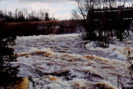rushing: Kiwishiwi River Falls Rushing