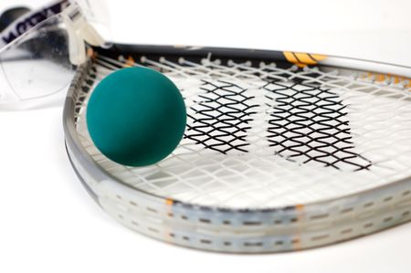 racquetball: Cierre de tiro de racquetball en marcha un fondo blanco.  Foto de archivo